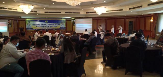 Sosialisasi Rencana Tata Ruang Wilayah Kota Serang Tahap Ke III Tahun 2021-2040 Tahun Anggaran 2021 di Hotel Le Dian